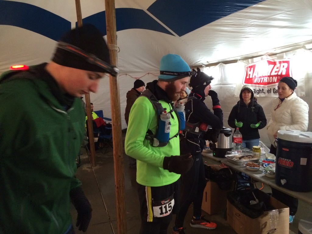 ultra runners at aid station lockport